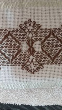 vagonite Swedish Embroidery, Blackwork Embroidery, Cross Stitch Embroidery, Hand Embroidery, Swedish Weaving Patterns, Cat Cross Stitches, Monks Cloth, Hello Kitty Wallpaper, Bead Loom Patterns