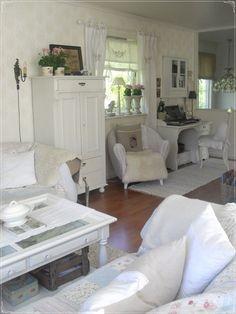 Cameretta shabby chic | shabby chic | Pinterest | Decorating rooms ...