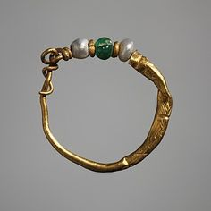Ear-ring, Roman, 0-200 (Thorvaldsens Museum) Inventory number H1817