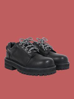 Zoe Shoe