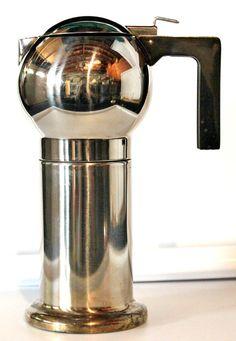 Deco Style Espresso Maker too cool
