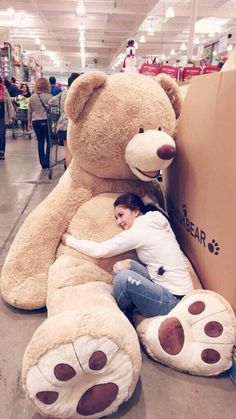 giant stuffed animals at Costco Huge Teddy Bears, Large Teddy Bear, Giant Teddy Bear, Knitted Teddy Bear, Costco Bear, Big Bear, Teddy Girl, Ours Boyds, Shared Kids Rooms