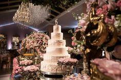 Festa de luxo ♥ Julia Mocellin – Inesquecível Festa 15 Anos 15th Birthday, Birthday Parties, Mini Albums, Rose Gold, Table Decorations, Party, Wedding, Channel, Bedroom