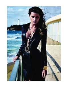 """The Goddess"" Isabeli Fontana in leather & latex apparel photographed by Mario Sorrenti for Vogue Paris, October 2011 images) Mario Sorrenti, Vogue Paris, Isabeli Fontana, Fashion Network, Cozy Winter Outfits, She Is Clothed, Vogue Magazine, Material Girls, Leather Design"