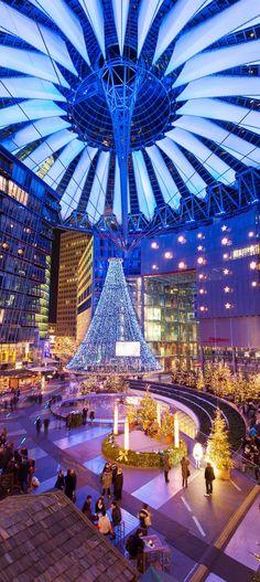Sony Center an Weihnachten (Berlin)