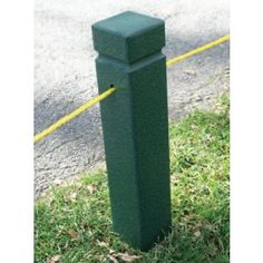 Durable rope posts - come in cases of 4.    Rope off danger areas  Recycled plastic construction  Guaranteed against breakage for 50 years