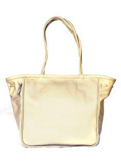 Wonderful and elegant leather Totte bag by KUERO  #moda #style #diseño #handbag #elegance #cuero #leather