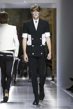 Balmain Homme Spring-Summer 2018 | Paris Fashion Week