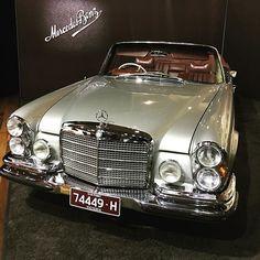 The Mercedes Benz 280SE 3.5 unrestored. #w111 #mercedesbenz #280se #classiccars #motorclassica