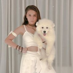 Kathryn Bernardo, Filipina Actress, Daniel Padilla, Ford, Cant Help Falling In Love, Jadine, Queen Of Hearts, Asian Beauty, Two Piece Skirt Set