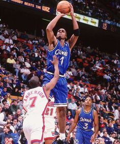 penny hardaway shoots over kenny anderson while dennis scott watches on 3a9b38c99