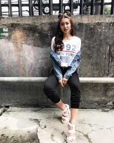 Nadine Lustre Ootd, Nadine Lustre Fashion, Nadine Lustre Outfits, Lady Luster, Flattering Outfits, Asian Street Style, Jadine, Korean Outfits, Ulzzang Girl