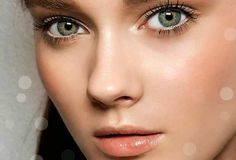Estos son los tips de maquillaje de dia que te van a servir para lucir espléndida. ¿Quién dice que de día tenemos que andar a cara lavada? Ser linda lleva trabajo… y maquillaje!