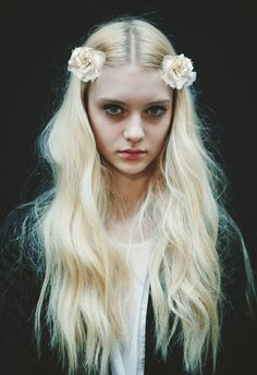 love this for an editorial hair do
