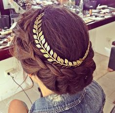 """Since my name means """"crowned with Laurel,"""" I'm planning on wearing something like this."""
