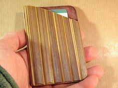 Porte cartes simple en cuir et bambou • #sacsetpochettes #bohochic #bambouchic #portecartebambou #etuicarte #portecarte #boheme #etsy