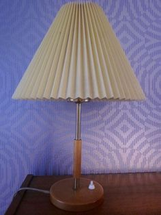 Seltene Lampe Tischlampe Plissée era Le Klint Dänemark Danish moderist 50er 60er