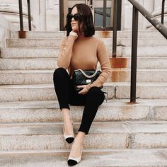 We super love this look on @casually.jules ! ❤ Our sale is still on going, shop for more discounted bags, shoes, and many more! Link in bio. 🛍🎉 #KaitlynPanStyle #kaitlynpanshoes #KaitlynPan #Regram via @CIN0tOGpU5I Womens Fashion For Work, Love Fashion, Spring Fashion, Winter Fashion, Fashion Outfits, Fashion Tips, Street Style, Street Chic, That Look