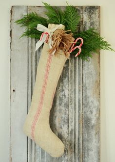 Love this stocking... very French looking!