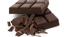 Encuentran posibles sustancias cancerígenas en conocidos chocolates