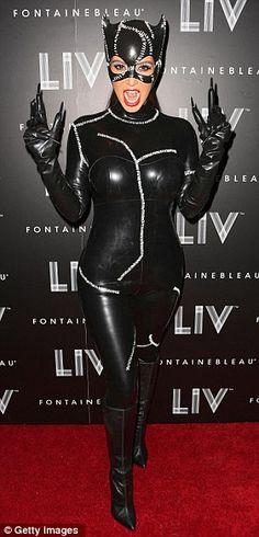 Cat woman! Proving AGAIN that ANYONE can pull off a sexy costume w/ a good pair of spanx...;)