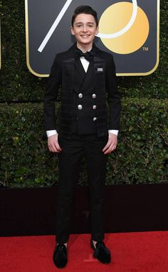 omgthatdress: I like the talit thing on Noah Schnapp's tux. For when you have to go to Temple and then an awards show. Golden Globe Award, Golden Globes, Future Boyfriend, To My Future Husband, Mens Fashion 2018, Kids Fashion, Stranger Things Netflix, Men Formal, My Soulmate