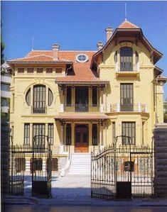 Η CASA BIANCA της Θεσσαλονίκης Macedonia, Thessaloniki, My Town, Nymph, Greece, Tourism, Places To Visit, Mansions, Country