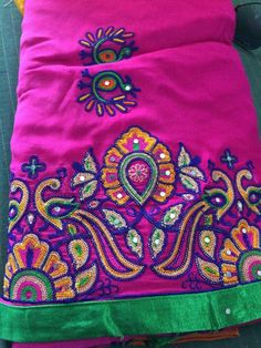 Embroidery On Kurtis, Kurti Embroidery Design, Embroidery Neck Designs, Aari Embroidery, Best Blouse Designs, Blouse Neck Designs, Mirror Work Blouse Design, Hand Work Design, Kutch Work
