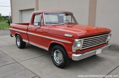 "1967 Ford F100 Ranger, 352 V8/3 on-the-tree/9"" Axle"