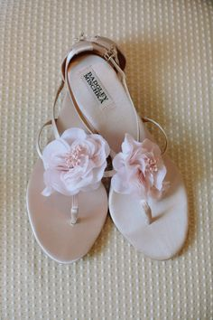 2c32c058fa3 Classic Charleston Wedding with Shades of Pink. Zapatos ...
