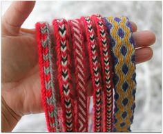 Lautanauhaa, tablet weaving Tablet Weaving, Friendship Bracelets, Bands, Jewelry, Jewlery, Jewerly, Schmuck, Band, Jewels