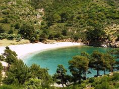 Thassos is the northernmost island in the Aegean Sea and Greece. Its landscape is beautiful and it's known for having the best natural pool in the world! Agios Ioannis Beach, Thasos, Greece Islands, Secret Places, Greece Travel, Santorini, Places To See, Beautiful Places, World