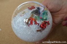 It takes serious BALLS to make this easy holiday décor!