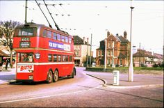 Old Trolley Bus, The Fountain. London Bus, East London, London Transport, Public Transport, Kingston Upon Thames, Routemaster, Red Bus, Double Decker Bus, Bus Coach