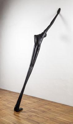 Alex Pinna I Heroes M, 2015 - patinated bronze, cm 40 x 210 x 115