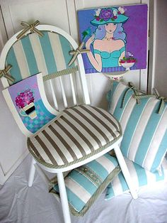 Cosy Cushions for Windsor-type Chairs - By Mary Maki Rae