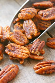 Oven roasted pecans are the perfect winter snack. They are delicious, filling, and healthy for you! Try this Sweet and Spicy Oven Roasted Pecans recipe today. Spicy Pecans Recipe, Spiced Pecans, Candied Pecans, Recipes Appetizers And Snacks, Snack Recipes, Cooking Recipes, Healthy Recipes, Desserts, Healthy Treats