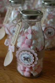 mini marshmallows in a jar Wedding Favours, Party Favors, Ideas Para Fiestas, Baby Shower Parties, Holidays And Events, First Birthdays, Party Time, Tea Party, Projects To Try