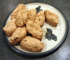 Boiled Gefilte Fish Balls A very traditional meal over Pesach - my dad loves them and so does my husband http://www.mydish.co.uk/recipe/1037/boiled-gefilte-fish-balls  #mydish.