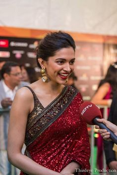 Woman of the year – Deepika Padukone IIFA 2015