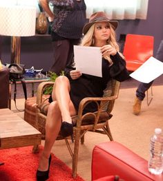 Jessica Simpson wearing Etro Embroidered Rabbit Felt Hat and Jessica Simpson Waleo Kid Suede Pump in Black.