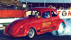 A nostalgic look back at drag racing funny cars from the Funny Car Drag Racing, Funny Cars, Auto Racing, Drag Cars, Vintage Humor, Car And Driver, Car Humor, The Good Old Days, Custom Paint