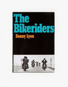 Back in print for the first time in ten years, Danny Lyon: The Bikeriders gives a firsthand look into the Chicago Outlaws Motorcycle Club. Showcasing original photographs and transcribed interviews, this counterculture book was first published in 1968 and
