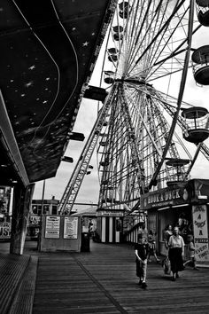 Fun at the Fair Street Photography, Louvre, Fair Grounds, Building, Fun, Travel, Viajes, Buildings, Traveling