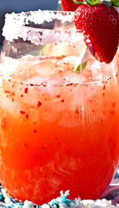 Strawberry Margarita Punch ~ a delicious and easy recipe that is perfect for a crowd! Easily made non alcoholic by omitting the tequila (Mexican Recipes For A Crowd) Party Drinks, Fun Drinks, Yummy Drinks, Yummy Food, Non Alcoholic Drinks For Cinco De Mayo, Easy Tequila Drinks, Mexican Alcoholic Drinks, Non Alcoholic Margarita, Mexican Cocktails