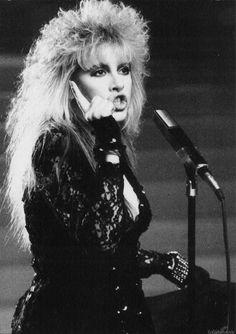 "Stevie Rock A Little Tour book photo. Looks like a still from ""I Can't Wait"" video 💜💖💜💖💜💖👑👑👑👑👑👑👑👑👑 Stevie Nicks Albums, Stevie Nicks Fleetwood Mac, Look Vintage, Vintage Ladies, Miss Elizabeth, Gypsy Moon, Cyndi Lauper, Female Singers, Her Music"