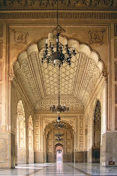 Badshahi Masjid - Interior Lahore, Pakistan No less exquisite an Versailles. Amazingly delicate and balanced. One slight misstep and the whole would be garish.