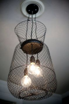 This old fishing basket chandelier would be cool at the lake house. Basket Lighting, Lighting Ideas, Unique Lighting, Diy Lampe, Haus Am See, Lake Decor, Repurposed Wood, Salvaged Wood, Lake Cabins