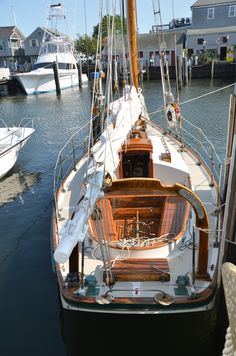 "This is the Friendship Sloop, ""Endeavor"" based in Nantucket, MA.    Captain Jim Genthner built this boat.  Slip #1015, Straight Warf"