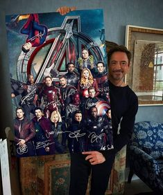 with Avengers poster - - Robert Downey Jr. with Avengers poster Pics Robert Downey Jr. with Avengers poster Marvel Avengers, Black Widow Avengers, Avengers Poster, Marvel Actors, Marvel Heroes, Marvel Movies In Order, Avengers Room, Comic Poster, Avengers Birthday